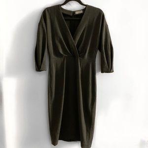 Aritzia - Babaton Dress